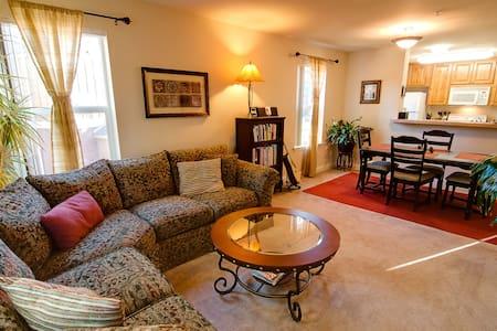 Cozy N. Lake Apartment in Truckee