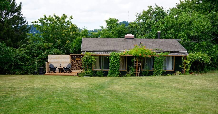 StokeWood Lodge - Портленд