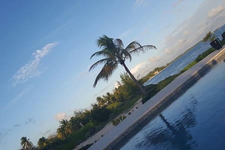 Private Beach Cottage Grand Cayman - Bodden Town