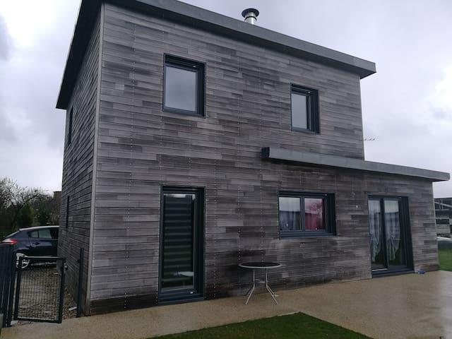 Maison avec son charme en bois - Saint-Frégant - Apartamento