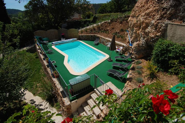 Gite holiday rental in provence - Salernes - Flat