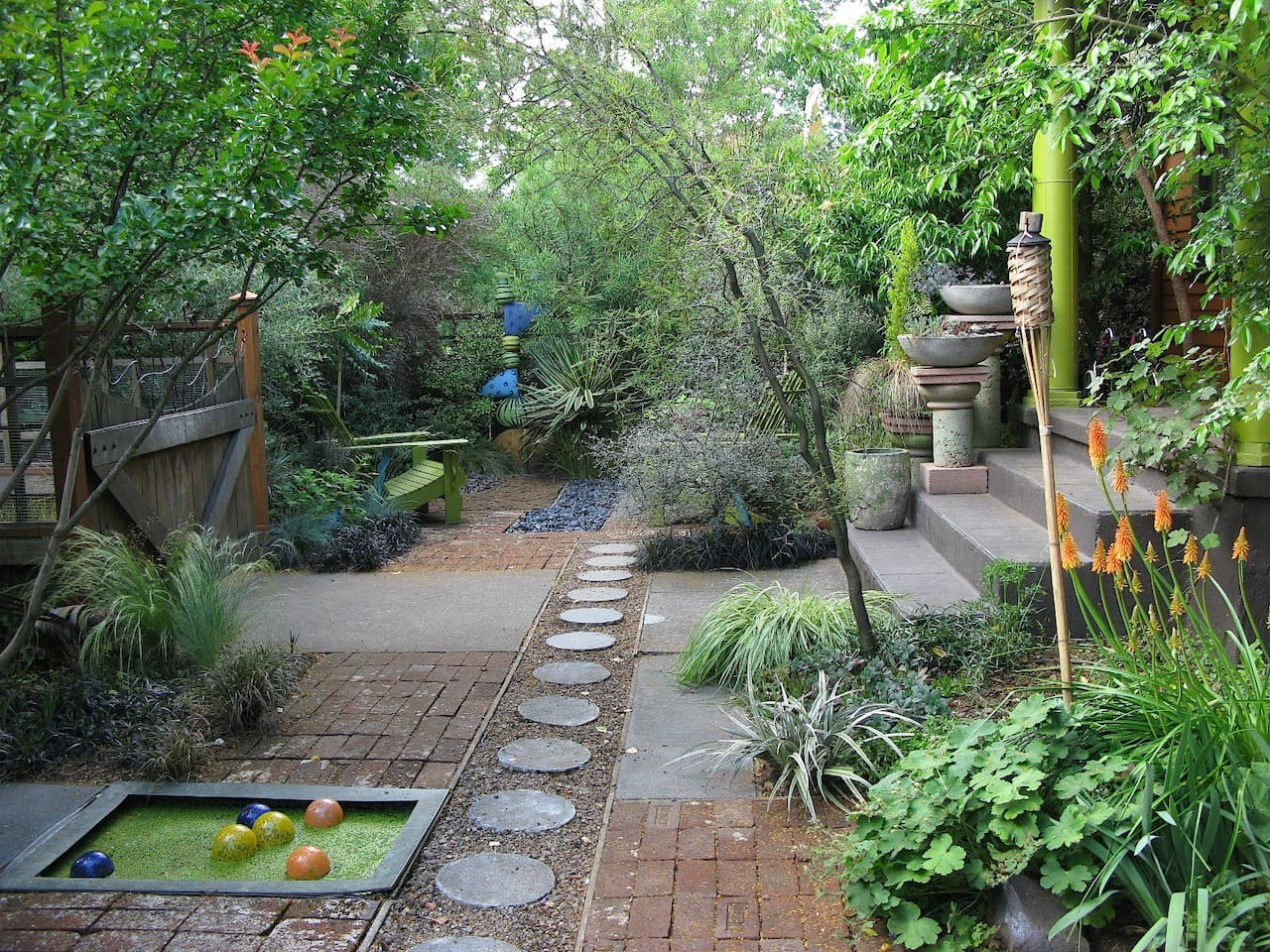 It's hard to believe this botanical oasis is in the middle of the city, but it's true. We planted it!