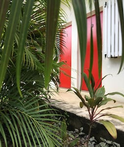 Great  secluded apartment - Port Vila
