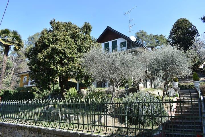 mansarda in villa nel bosco