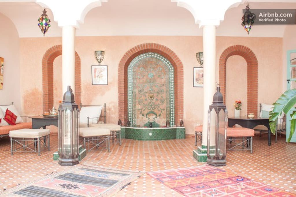 YOUR ROOM IN A RIAD - B&B + WIFI 2