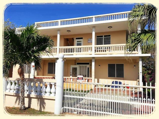 VillaMarsana Guesthouse of Wellness - Aguada - Villa
