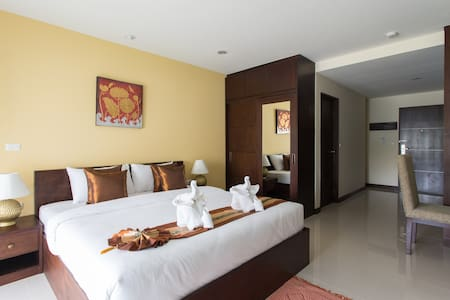 The  Lai Thai Luxury Condominiums Studio 2