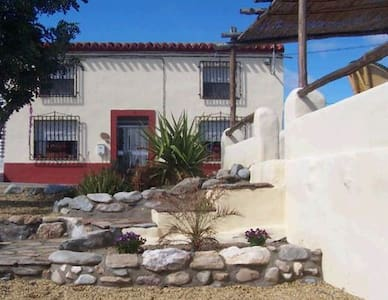 Casa Montes B&B and SOL Yoga Centre - Arboleas - Pousada