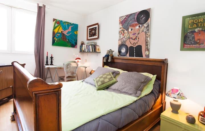 Lovely room in Bastia old center
