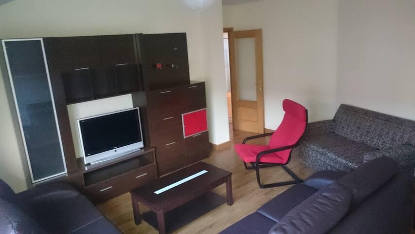 Apartamento completo de 2 habitaciones