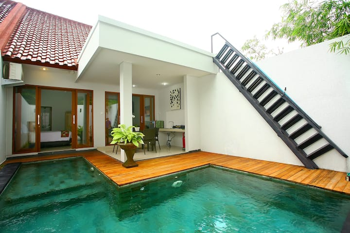 Cozy  Villa in Bali with private pool