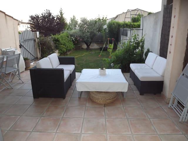 Belle villa proche d'Aix en Provence - Venelles - Villa