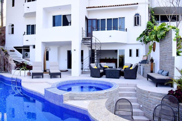 Casa Delfines - Luxury Villa Panoramic Ocean Views