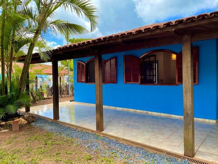 Quarto com ar condicionado na Casa Azul São Jorge