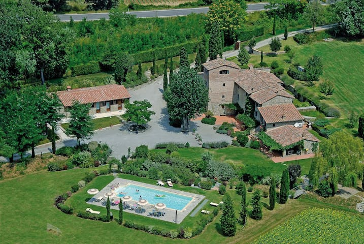 La Stalla Rustica Three Bedrooms Tuscany with Pool - Cortona - House