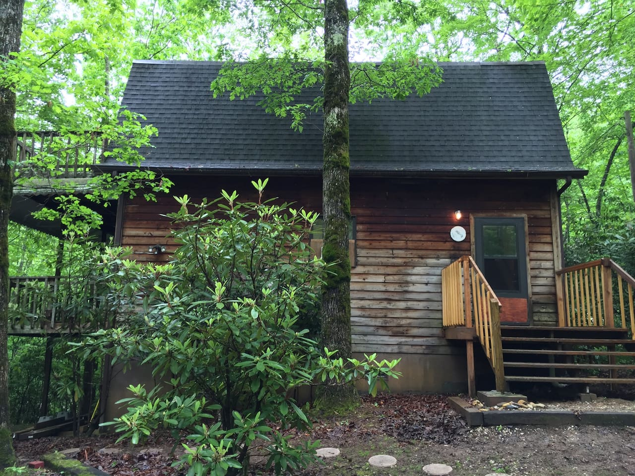 The cabin from parking area.