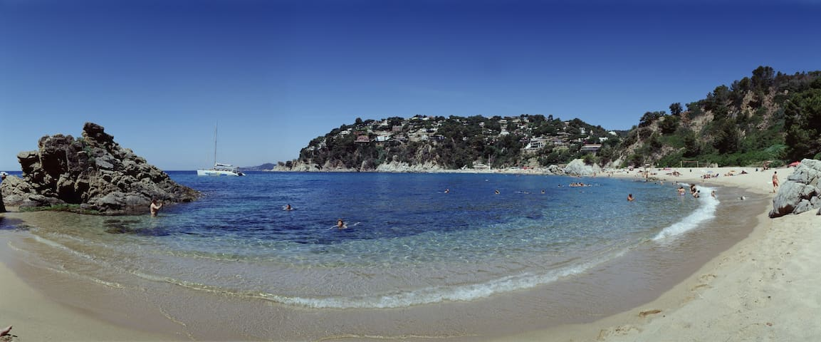 NATURE, COSTA BRAVA & BEACH 5MIN. WALK heura - Lloret de Mar - Casa