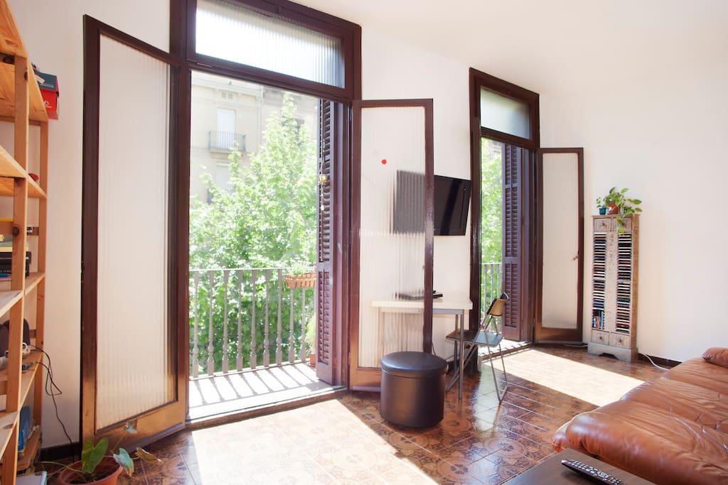 Cozy room at barcelona s center appartamenti in affitto for Appartamenti barcellona affitto mensile