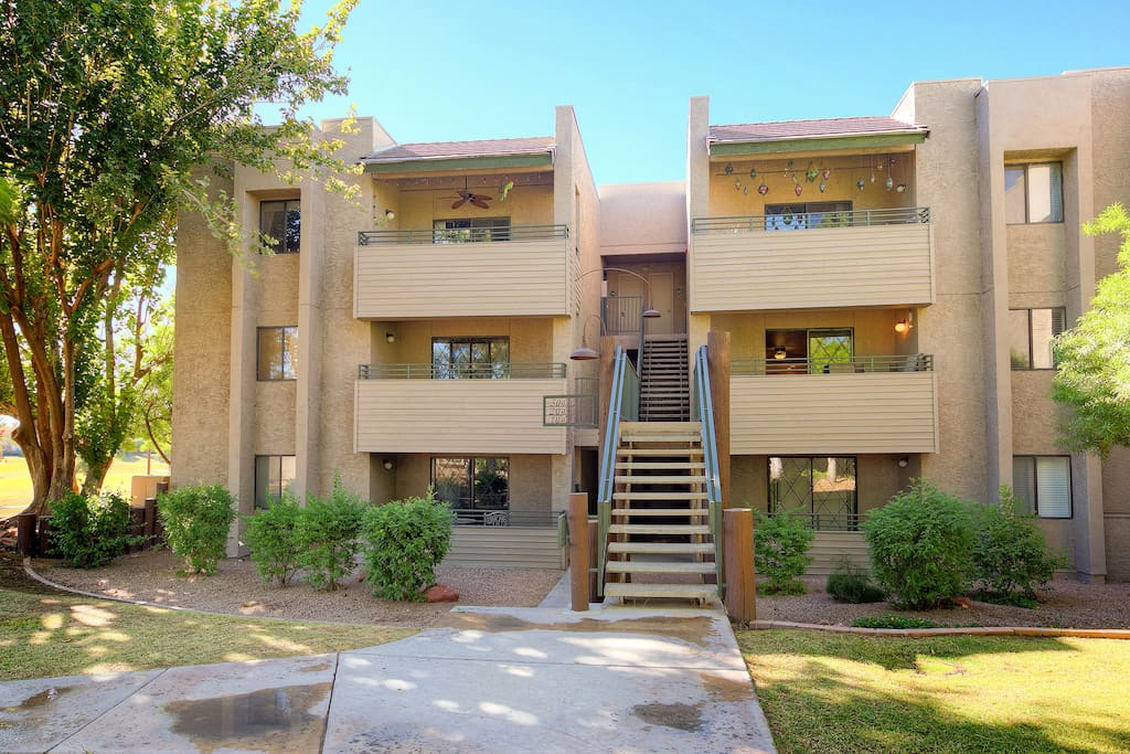 Walk up to your second floor rental, overlooking the sprawling golf course!