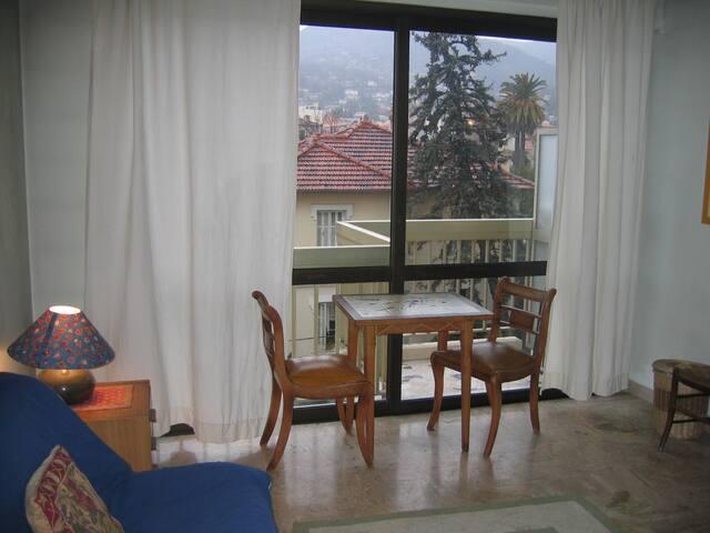 Charming Studio on the Cote D'Azur - Vence - Apartamento