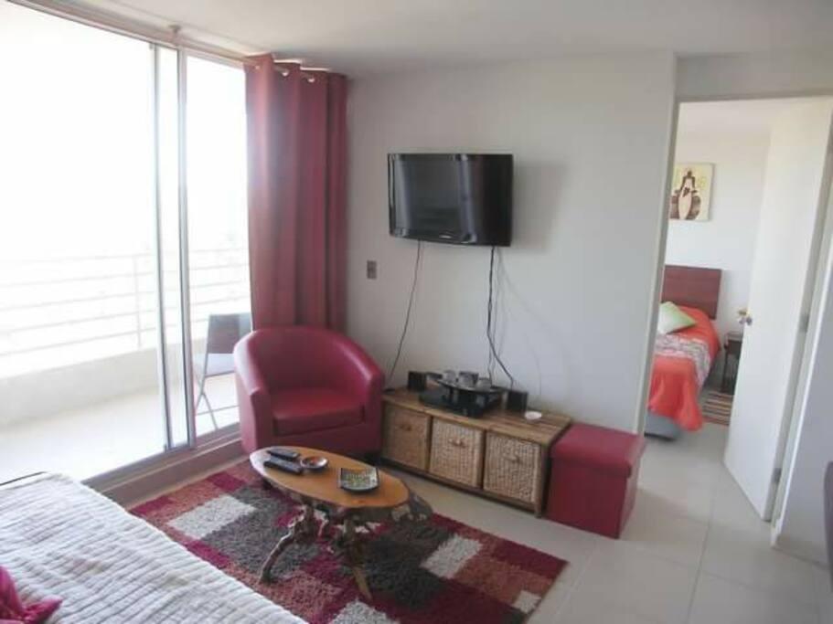 tv en living y dormitorio principal