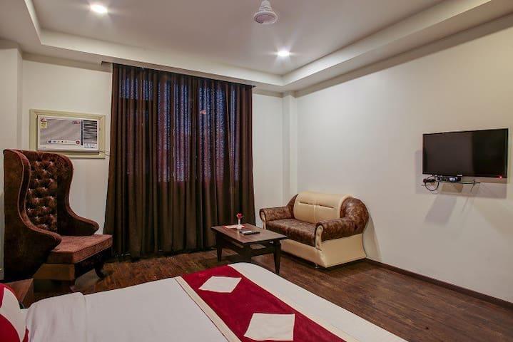 Executive Double Room Hotel The Royal Krishna
