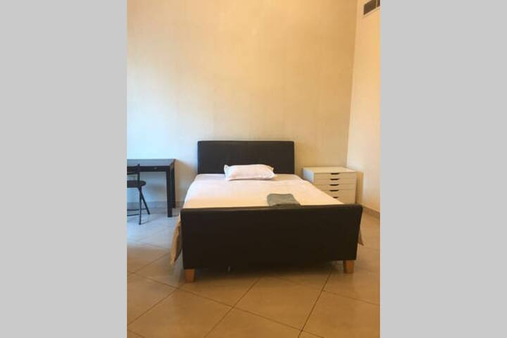 R3304Furnished Room Near Burj Khalifa-200+ Reviews - Dubai - Appartement