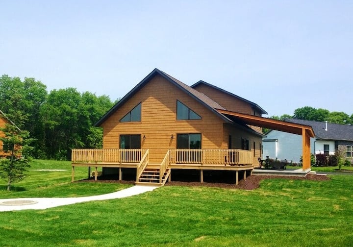 Bennett Chalet @ Spring Brook Resort | Recently Built | Incredible Layout