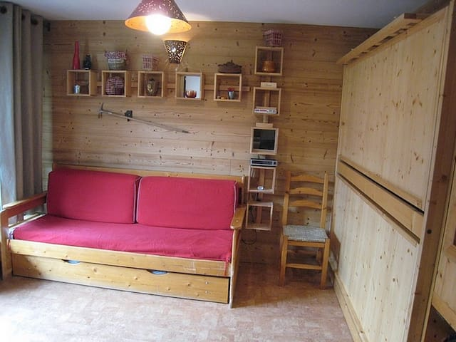 Small Studio in the village (GGA158)