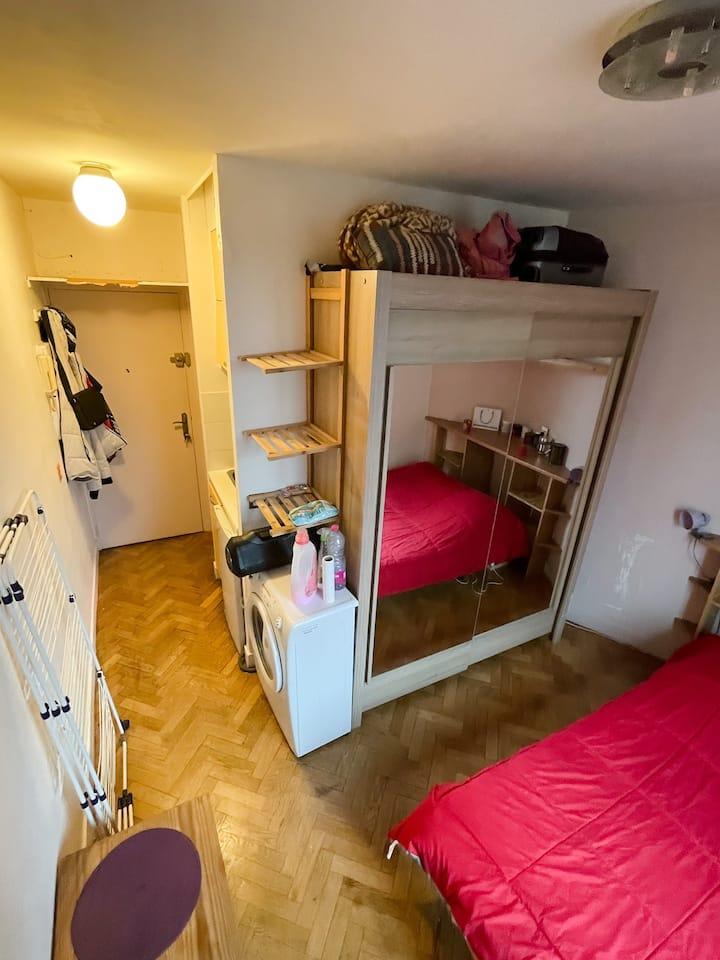 Petit studio confort à 3 min Place D'italie