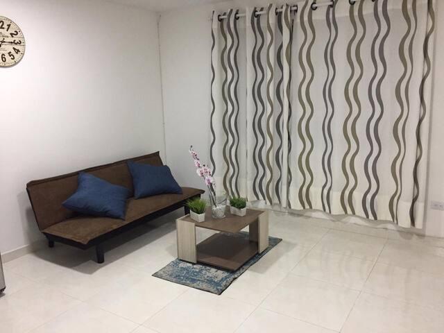 La Flora - Chipichape. Moderno apartaestudio!!