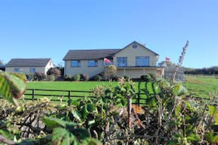 La Mirage B&B, Ballylickey, Bantry  - Cork