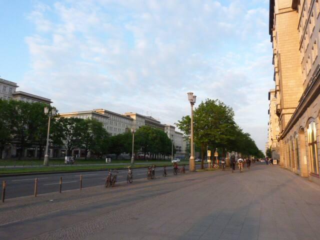 Frankfurter Allee - Karl Marx Allee - 10 minutes walk