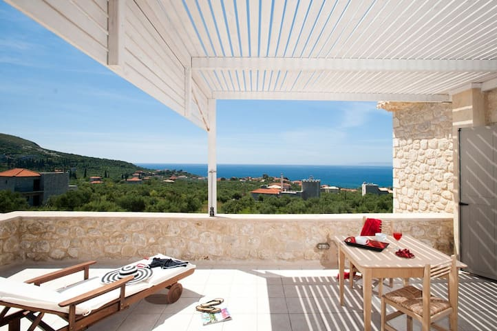 Poliana Estate - Sea view with Pool - West Peloponnese - Villa