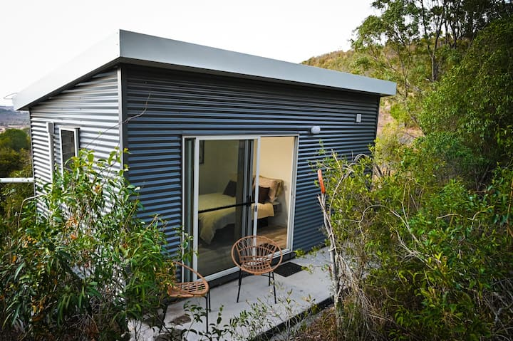 Kiambram Country Cottages - Coolibah Cabin