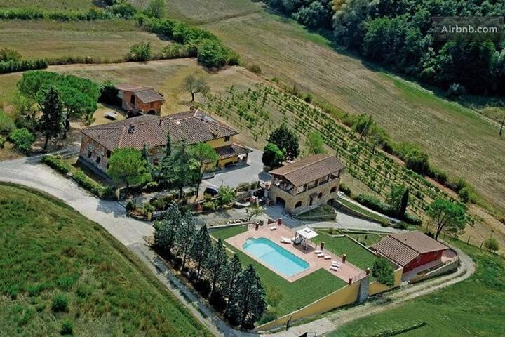 Camere senza colazione in Toscana - Carmignano - Bed & Breakfast