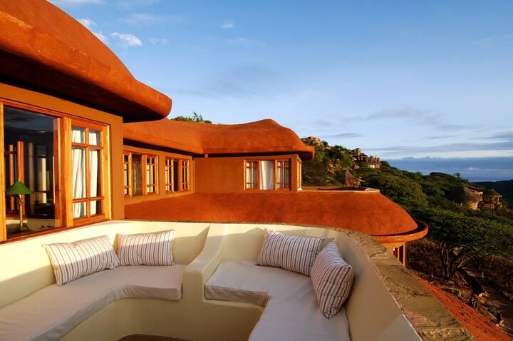 Private Villa in wildlife area