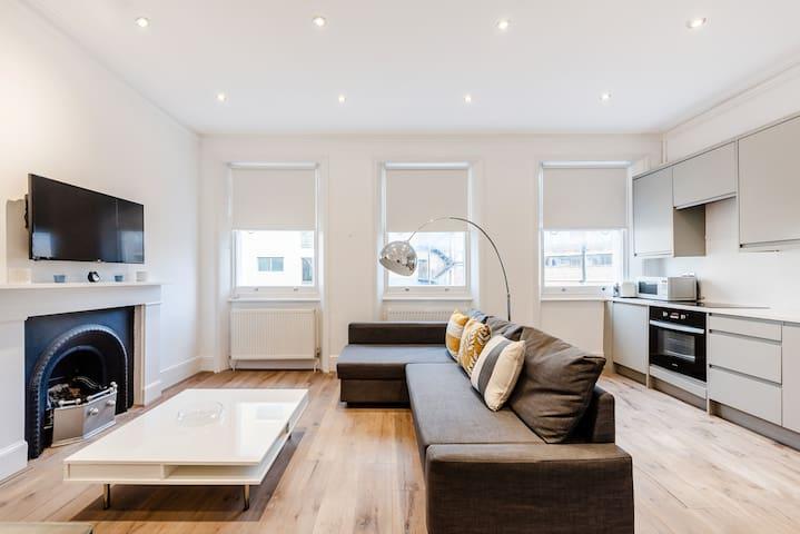 Bright 1 bedroom apt in Kensington Olympia {MM1}