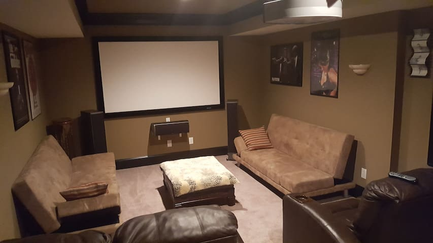 Welcome To Enjoy TV/Movies In Theater