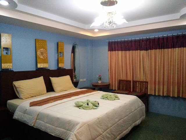 Cozy Guesthouse - Hua Hin - Bed & Breakfast