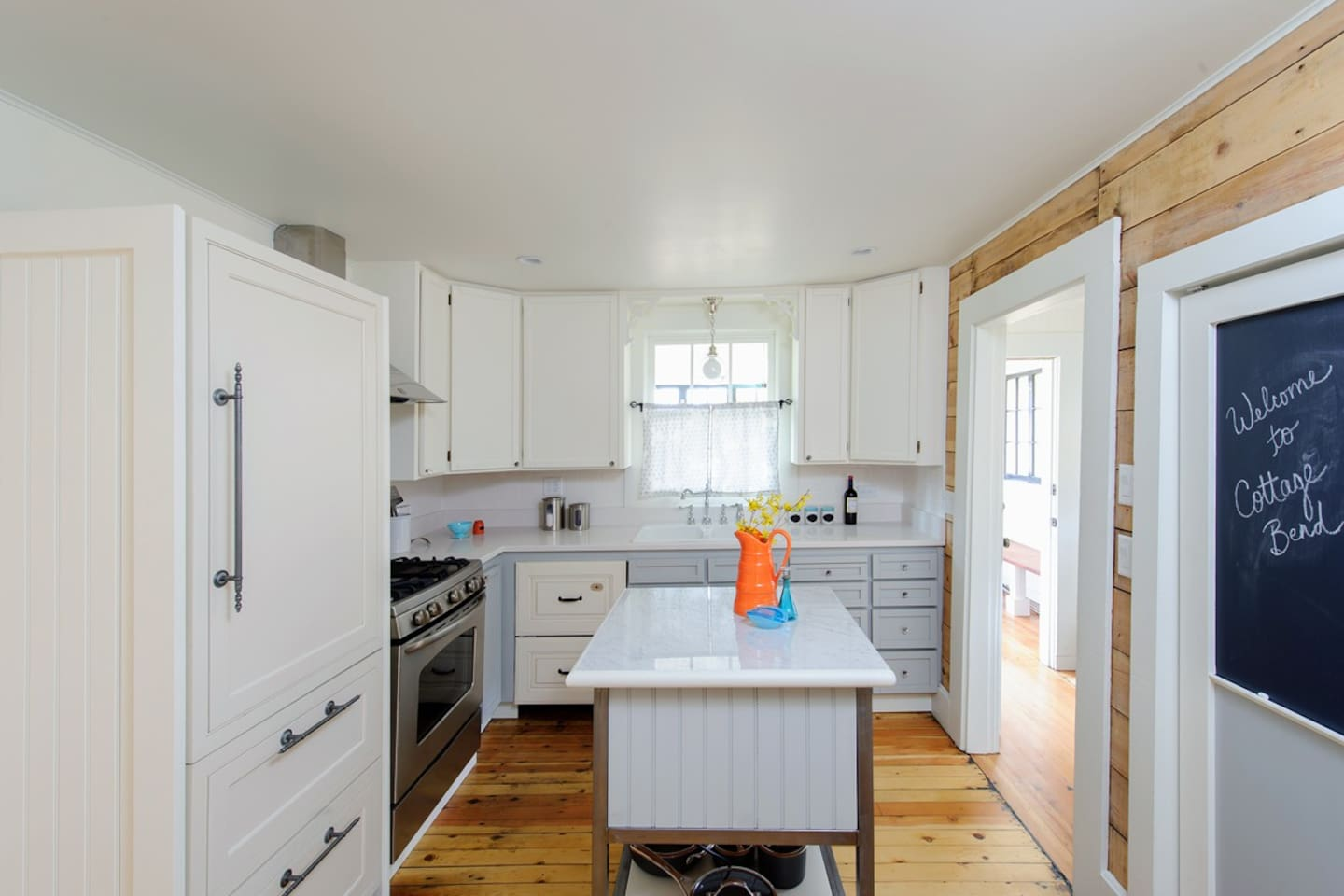 Fun, Stylish Westside Bend Cottage - Houses for Rent in Bend, Oregon ...