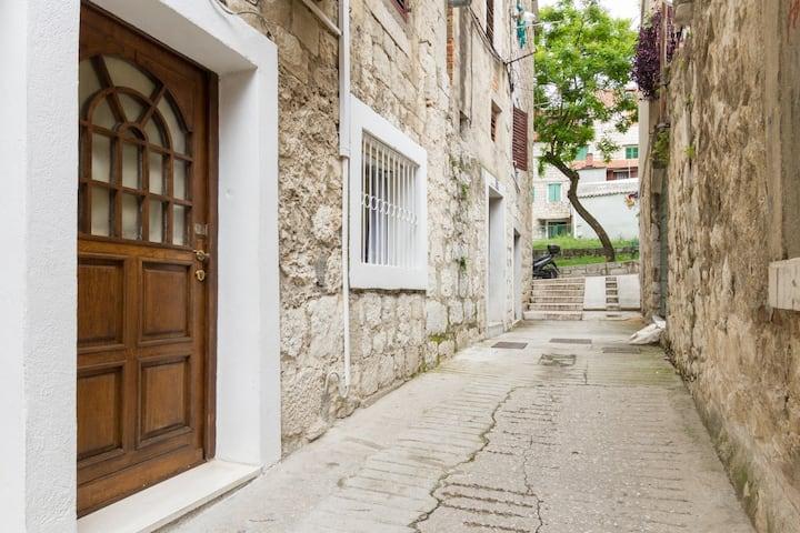 Old town apartment Vrlic, Split