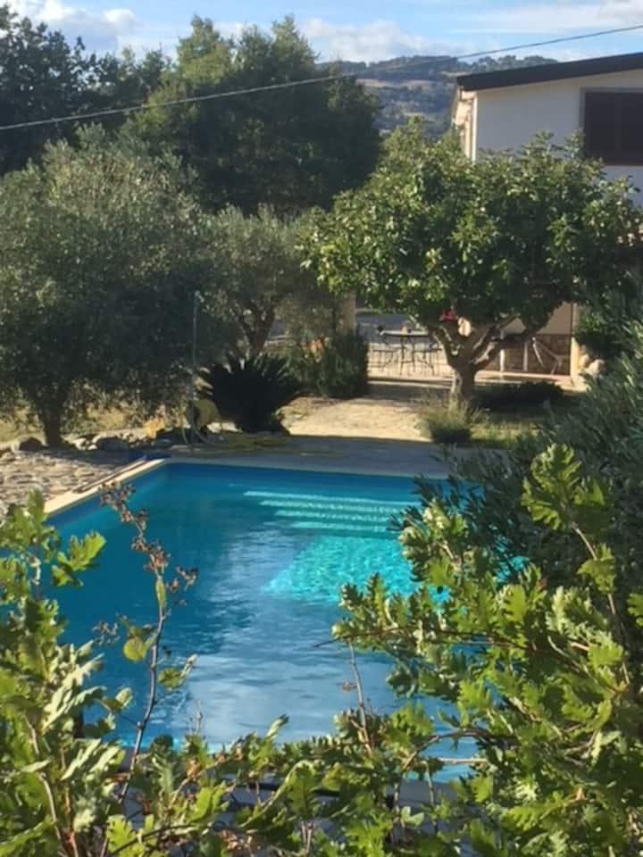 Casa Aquila, Landgoed Pettirosso