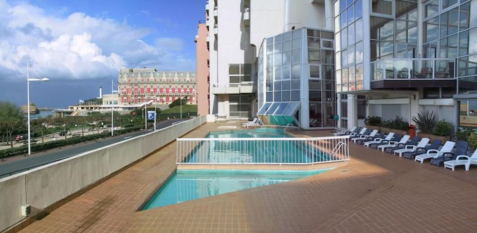 Swimming Pool for use only by residence of the building