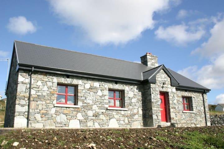 Cottage 210 Clifden - Clifden - Bungalow