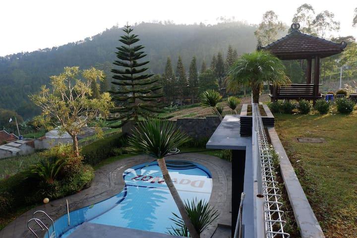 Rumah Vintianish Lembang