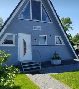 """Nurdach-Ferienhaus """"Watt'n Glück"""""""