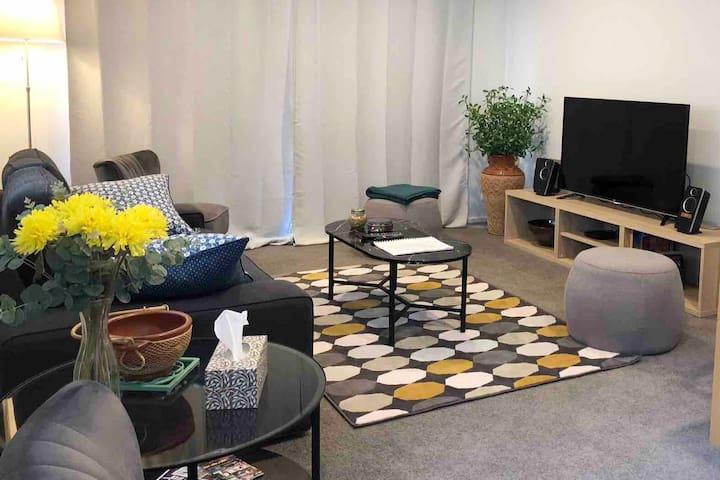 The Cosy Modern 1BR Villa - Free Netflix & WiFi