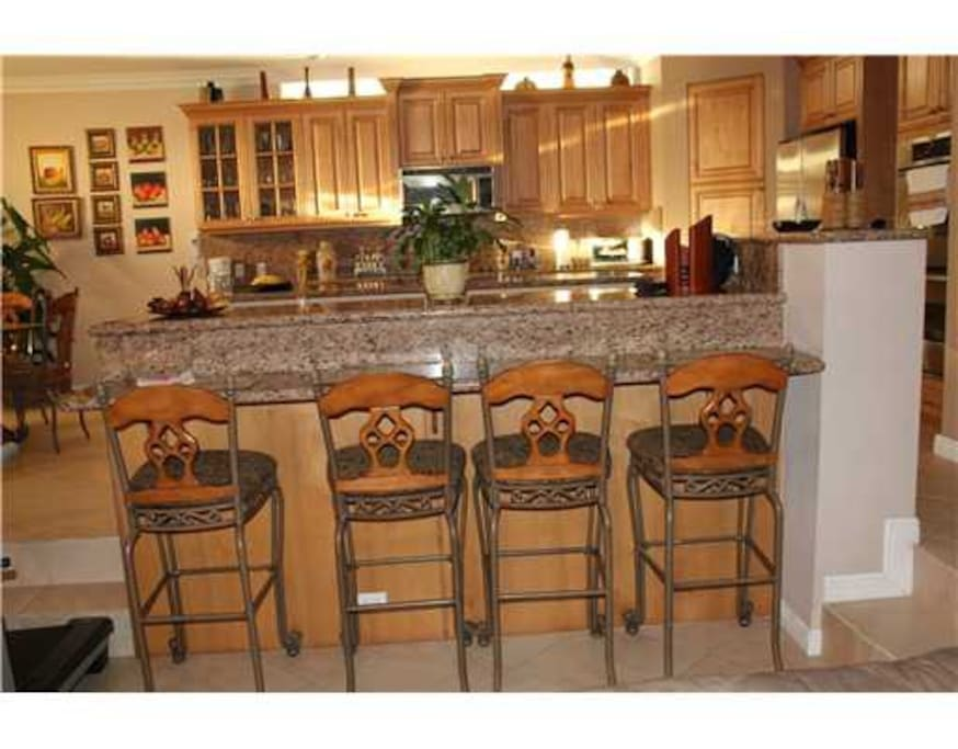 DINE-IN BAR, HIGH COUNTERTOPS AND BAR STOOLS