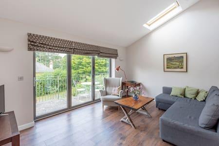 Apartment close to Bath & Bradford on Avon.
